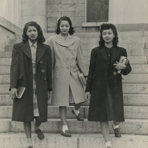 Arlene Roberts Morris and friends, University of Iowa